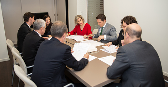 Asesoría Jurídica para Familia