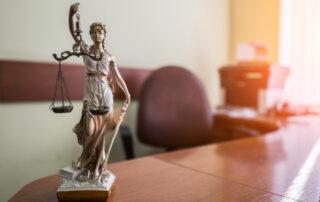 aportación de imágenes de terceros en juicio