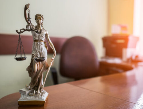 Aportar imágenes de terceros en juicio ¿vulnera los derechos de autor?